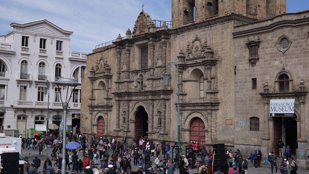 Plaza San Francisco nella città di La Paz, Basilica di San Francisco