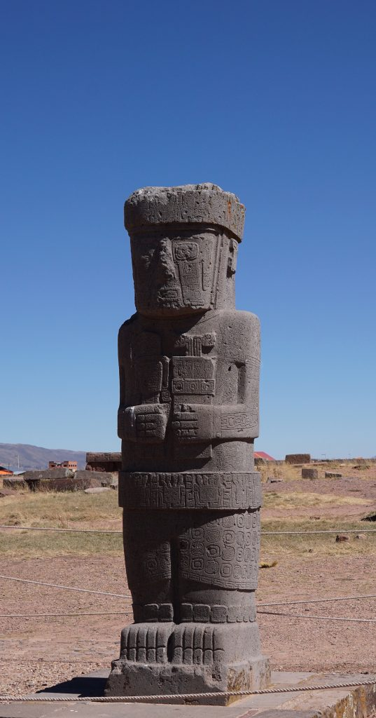Sito archeologico Tiahuanaco, Yatiri capi politico-spirituali