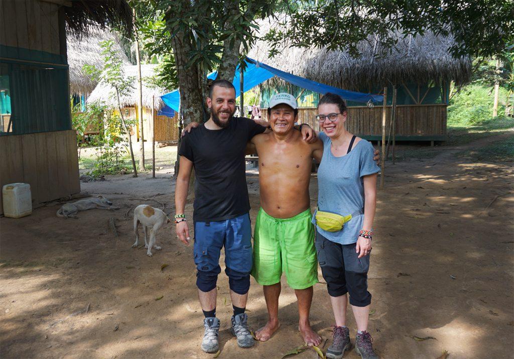 sciamano nella selva amazzonica rio san miguel