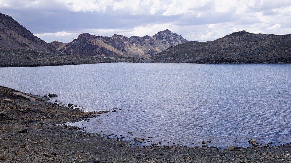ghiacciaio pastoruri laguna